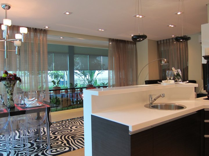 Venice Luxury Residences kitchen balcony